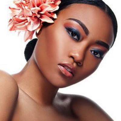 exotic makeup look with Atlanta Makeup Artist Mimi J